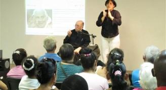 Encuentro con el Monseñor Carlos M. de Céspedes
