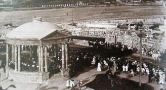 02 La Glorieta en Malecón y Prado, 1913 (Custom)