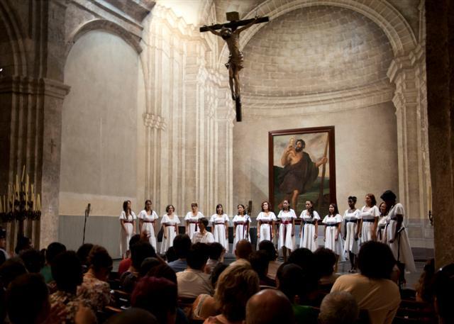 Coro Emsemble Vocal Luna / Foto Alexis Rodríguez