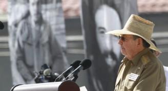 Raúl habla en el Acto por el Aniversario 60 del Asalto al Cuartel Moncada. Foto: Ismael Francisco/ Cubadebate