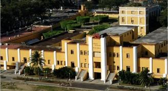 santiago-de-cuba_cuartel-moncada_foto-aerea-de-santiago-de-cuba