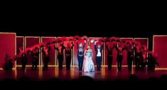 """""""De vuelta al musical"""", espectáculo dirigido por Alfonso Menéndez y que puede aún ser disfrutados los sábados y domingos a las nueve de la noche, en el Anfiteatro del Centro Histórico habanero"""