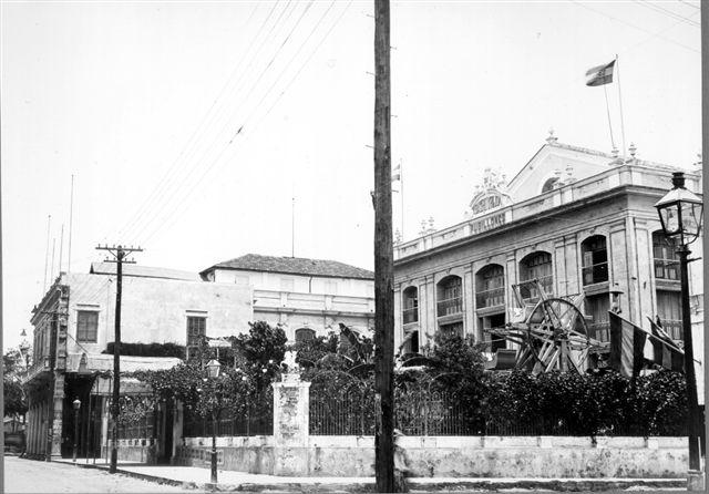 -Teatro Martí