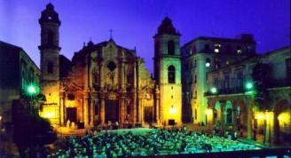 5-La iglesia Catedral en la noche