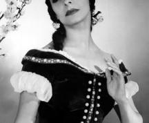 Alicia-Alonso-Giselle-foto-Colección-Museo-Nacional-de-la-Danza-216x300
