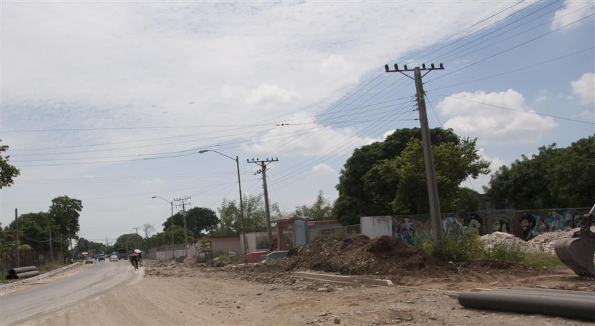 Trabajos en la entrada principal de Bayamo