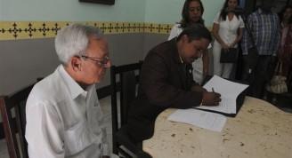 Constitución oficial de la Oficina del Historiador de Bayamo / Foto Alexis Rodríguez