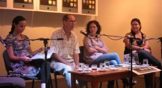 De izquierda a derecha: Nahela Hechavarría, Jorge Fornet, Maité Hernández, directora de comunicación  y Carmen Souto