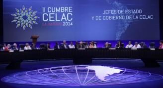 """En breve ceremonia que agrupó a las Jefas y Jefes de estados y gobiernos participantes, Raúl  Castro se refirió a este período en el cual la nación cubana lideró la CELAC , labor que """"tratamos de desempeñar con seriedad y responsabilidad."""""""