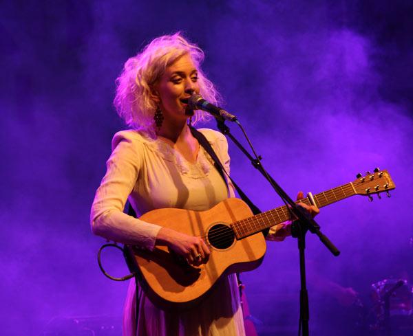Thea Hjelmeland. Foto tomada de Cubasí