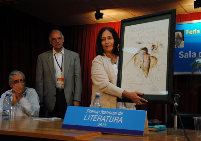 Entrega del Premio Nacional de Literatura / Foto Alexis Rodríguez