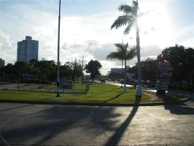 Entrada a la ciudad de Cienfuegos (Small)