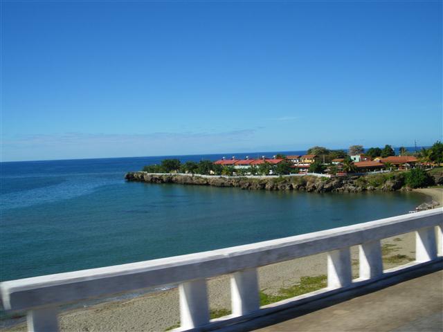 Vista de la Bahía cienfueguera (Small)