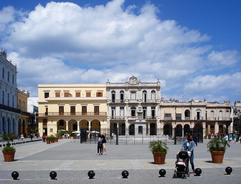 cuba-plaza-vieja