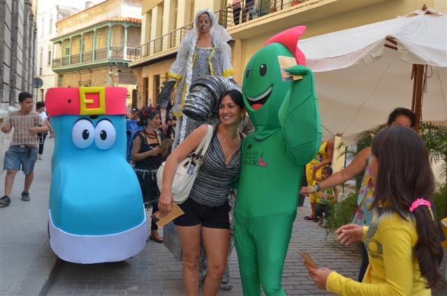 Las mascotas del proyecto ReViMe en la calle Mercaderes
