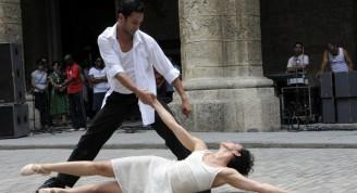 Isabel Bustos –directora de Danza Teatro Retazos