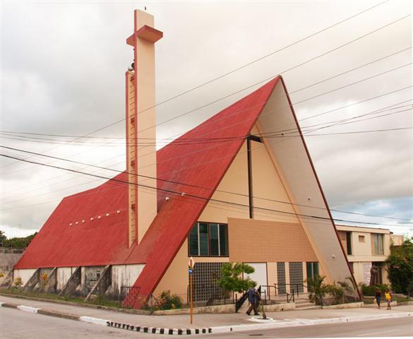 """Templo """"Nuestra Señora de la Medalla Milagrosa"""", en Guantánamo"""