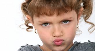 niña-enojada