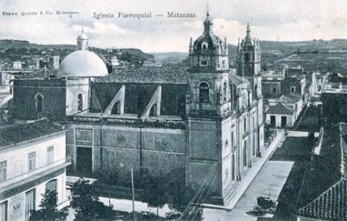 Fotografía de la época, cuando aún era iglesia parroquial.