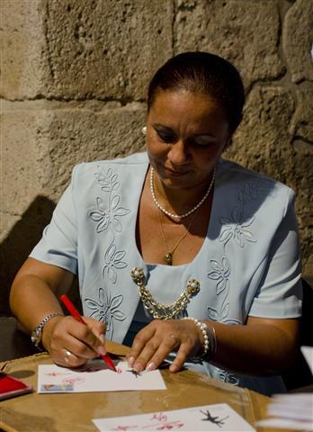 directora general de enlace comunicaciones de cuba (Small)