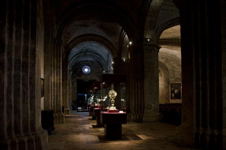 Desde hace 20 años la Basílica acoge el Museo de Arte Sacro