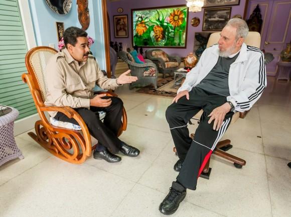 Fidel Castro Ruz recibió en la tarde del jueves 30 enero de 2014 a Nicolás Maduro Moros, presidente de la hermana República Bolivariana de Venezuela, quien participó en la reciente II Cumbre de la CELAC. Foto: Alex Castro / Tomada de Cubadebate