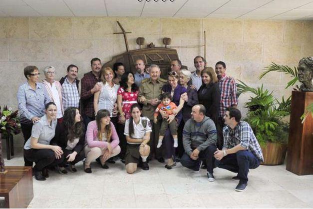 2014-12-18 09-34-31_De cuando le creció el corazón a la Patria › Cuba › Granma - Órgano oficial del