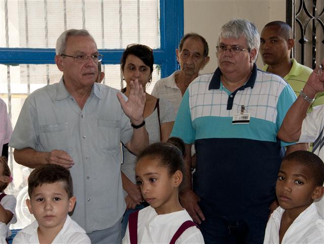 Eduardo González junto al Historiador en la inauguración de uno de los cursos de la Escuela Taller / Foto Alexis Rodríguez