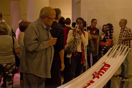 A la inauguración asistió Pablo Milanés quien regaló a los presentes un tema en su voz / Foto Alexis Rodríguez