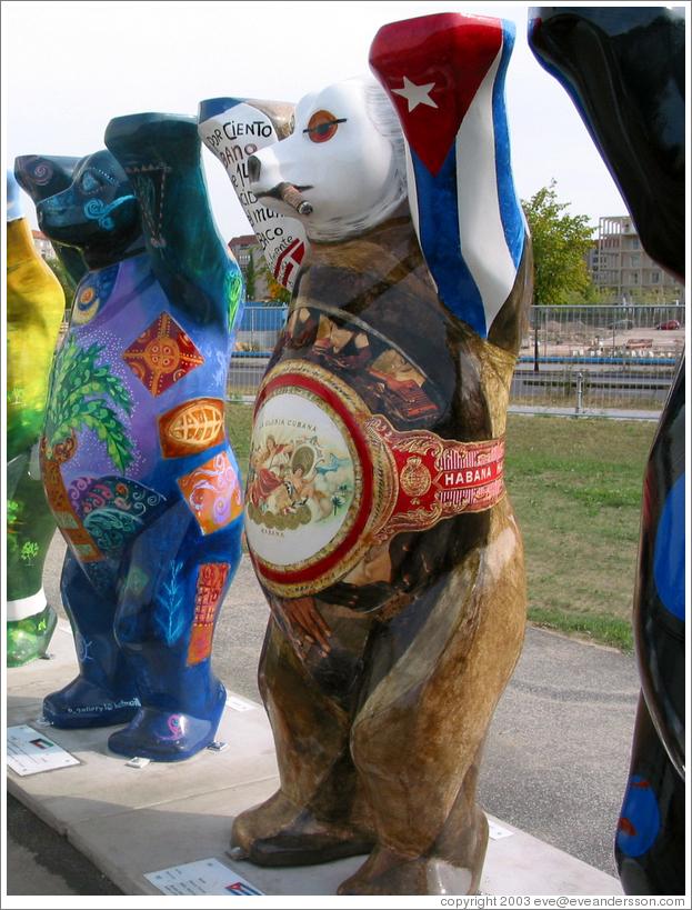 berlin-bears-cuban-bear-large