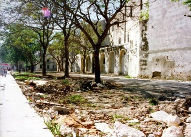 1-Jardin Madre Teresa de Calcuta, antes