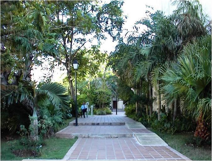2-Jardin Madre Teresa de Calcuta, después