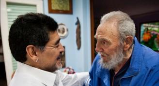 Fidel-Castro-y-Maradona-para-portada