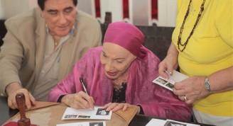 También la firma de Alicia  en el sobre que recoge ambos sellos (Small)