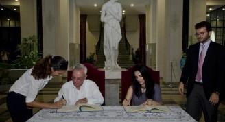 firmas de acuerdo 2 (Small)