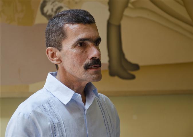 Miguel Hernández, director de la Casa de México / Fotos Alexis Rodríguez- HR
