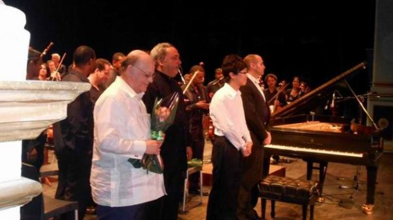 clausura-encuentro-jovenes-pianistas-2014