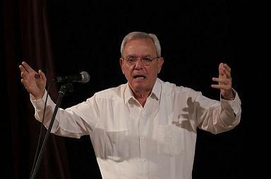 Eusebio Leal, Historiador de La Habana, dialogó con los remedianos sobre la importancia de trabajar hacia el futuro, sin olvidar lo que fuimos. (Foto: Ismael Francisco/Cubadebate)