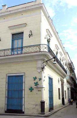 260px-Centro_de_salud_Casas_Regueiro