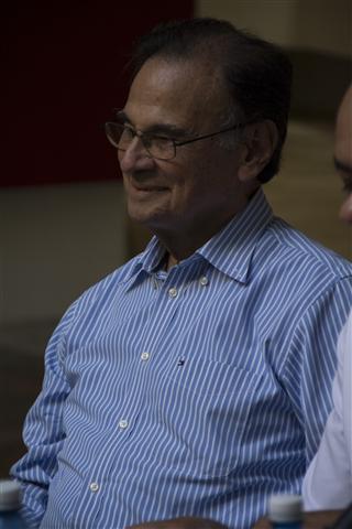 Excelentísimo Señor Alí Rodríguez Araque, Embajador de la República Bolivariana en Cuba