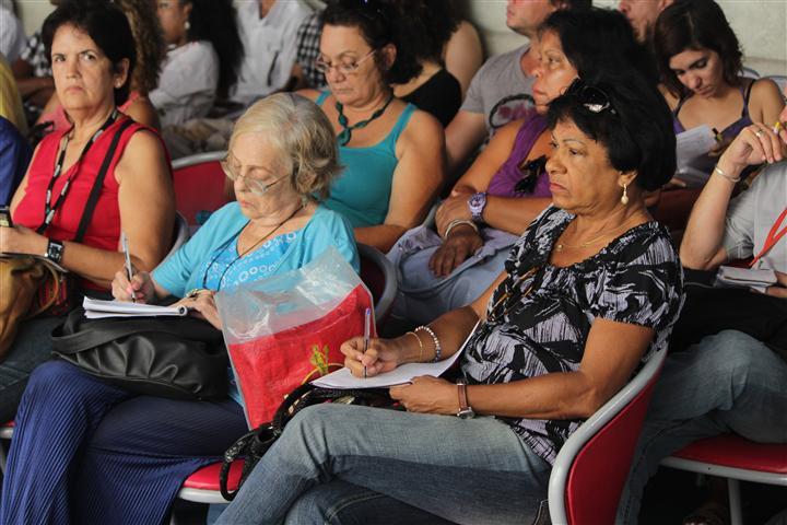 Momentos de la conferencia de prensa del Festival de Teatro de La Habana