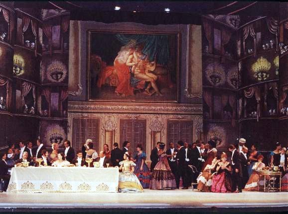 La Traviata, Puesta en escena