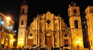Plaza-de-la-catedral (Custom)