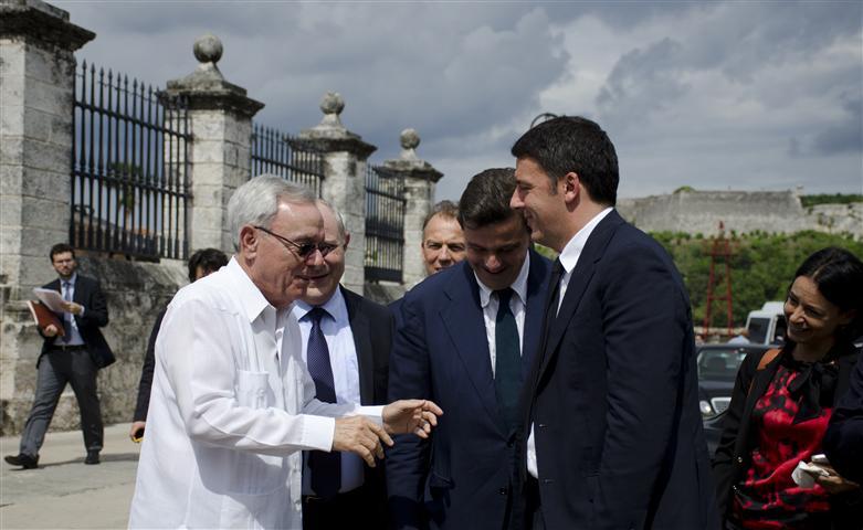Momento del recibimiento del Doctor Eusebio Leal Spengler a Excelentísimo Doctor Matteo Renzi, Presidente del Consejo de Ministros de la República de Italia