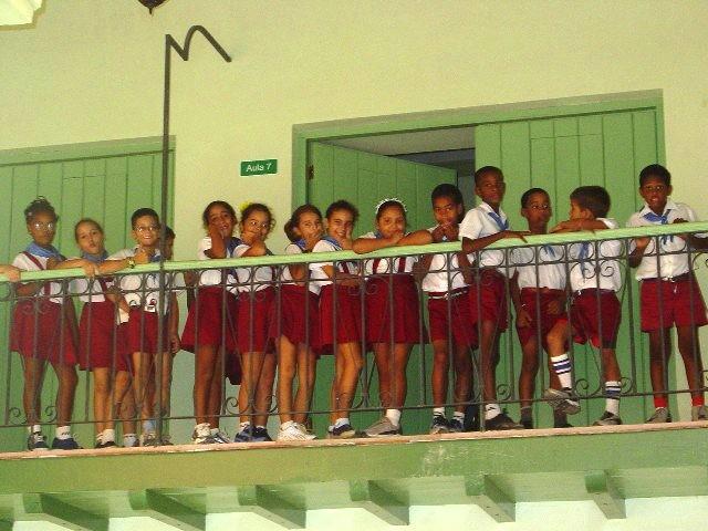 En merecido homenaje a José de la Luz y Caballero, el antiguo colegio El Salvador funciona hoy como escuela primaria.