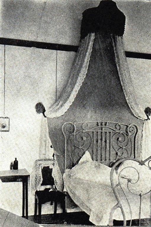 Habitación, 1916