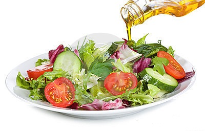 vegetable-salad-olive-oil-16361943