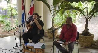 """Canciones emblemáticas como """"Regresaré"""" y """"Pequeña serenata diurna"""", de Silvio Rodríguez se unieron a los poemas de Oscar Belliard para celebrar el aniversario 172 de la independencia de la República Dominicana"""