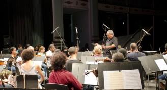 orquesta ensayando 2 (Medium)