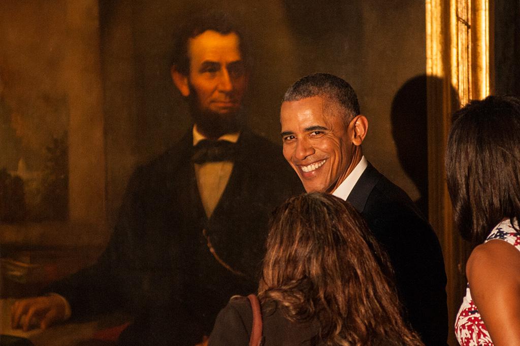 Obama frente al retrato de Lincoln. Foto: Chris Erland